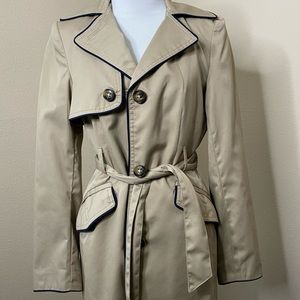 Women's H&M trench coat size 6